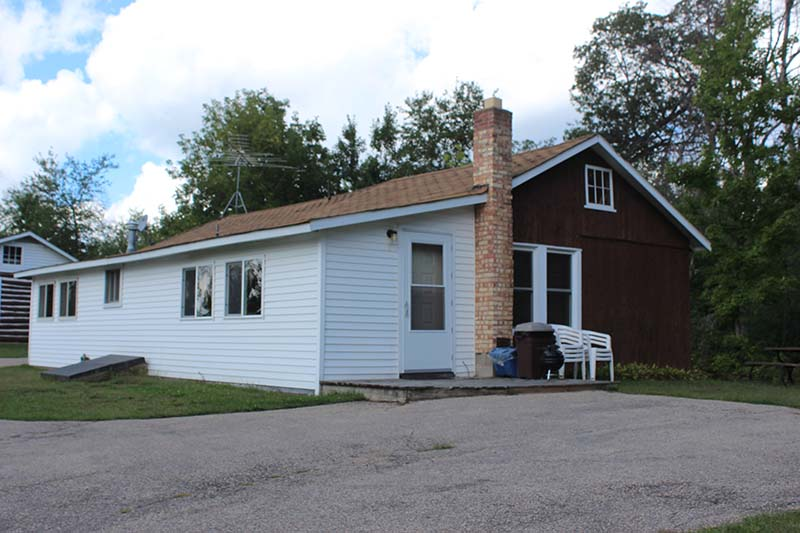 Lakeview Cottage 1